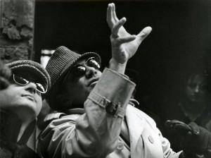 Rosi sul set de Le mani sulla città (1963)