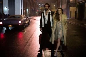 american-hustle-amy-adams-e-bradley-cooper-in-una-scena-del-film-294161