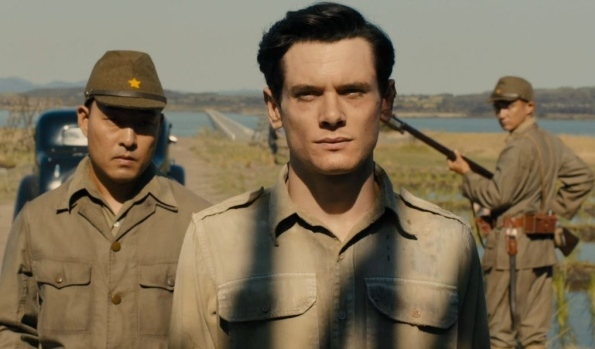 jack-o-connell-as-louis-zamperini