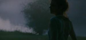 46012-Napsz__llta__Sunset__-_L__szl___Nemes__film_still___33_-e1535984118277